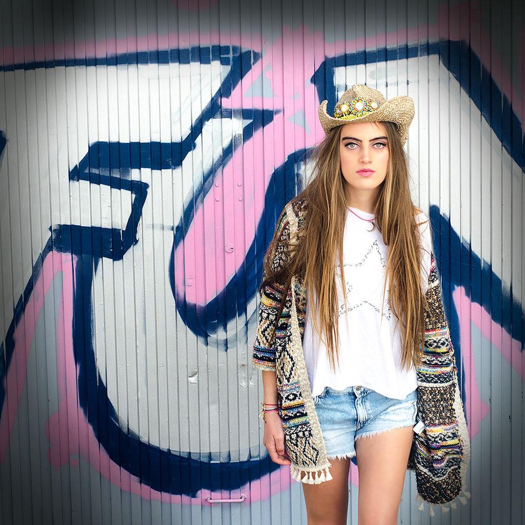 moda y complementos para chicas jóvenes