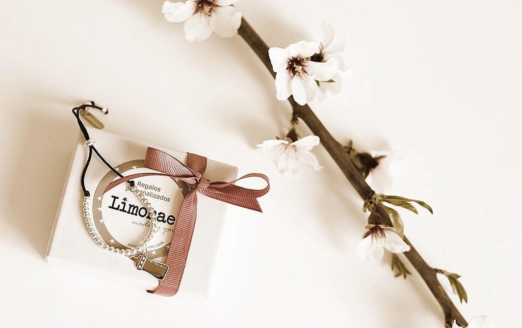 pulseras madres con nombre grabado