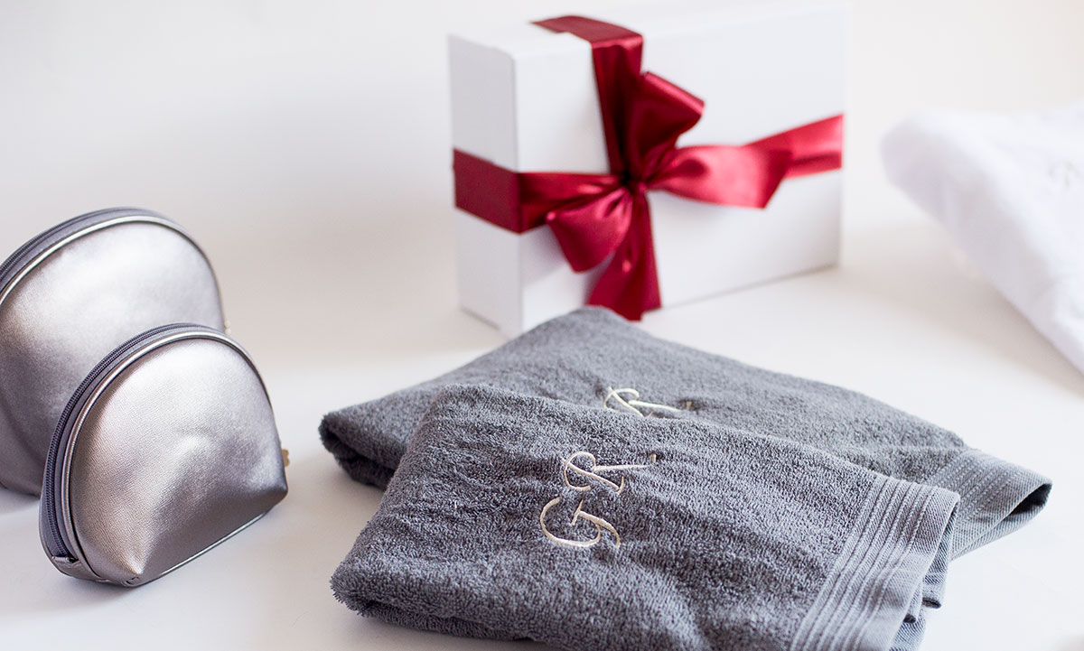 toallas con nombre bordado