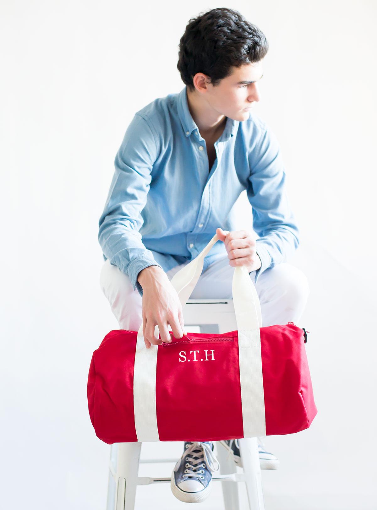 bolsa de deporte con iniciales