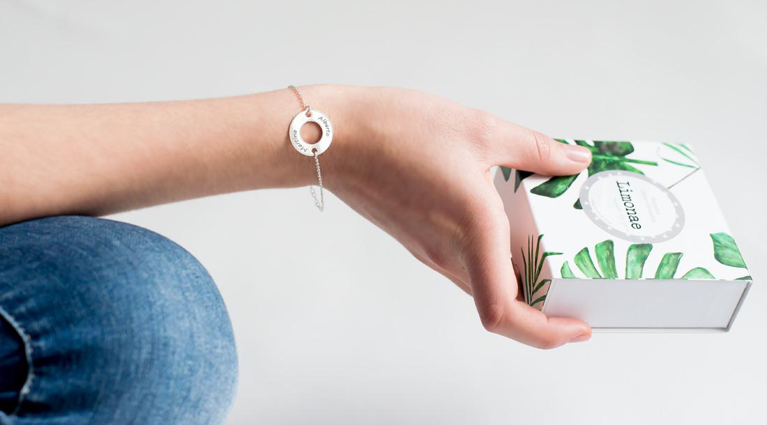 pulsera de plata aro grabado