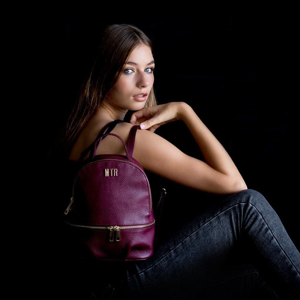 regalos mujer joven mochila de piel