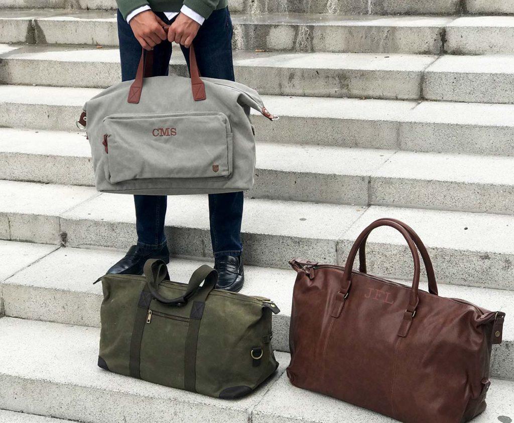 Bolsas con iniciales para hombre