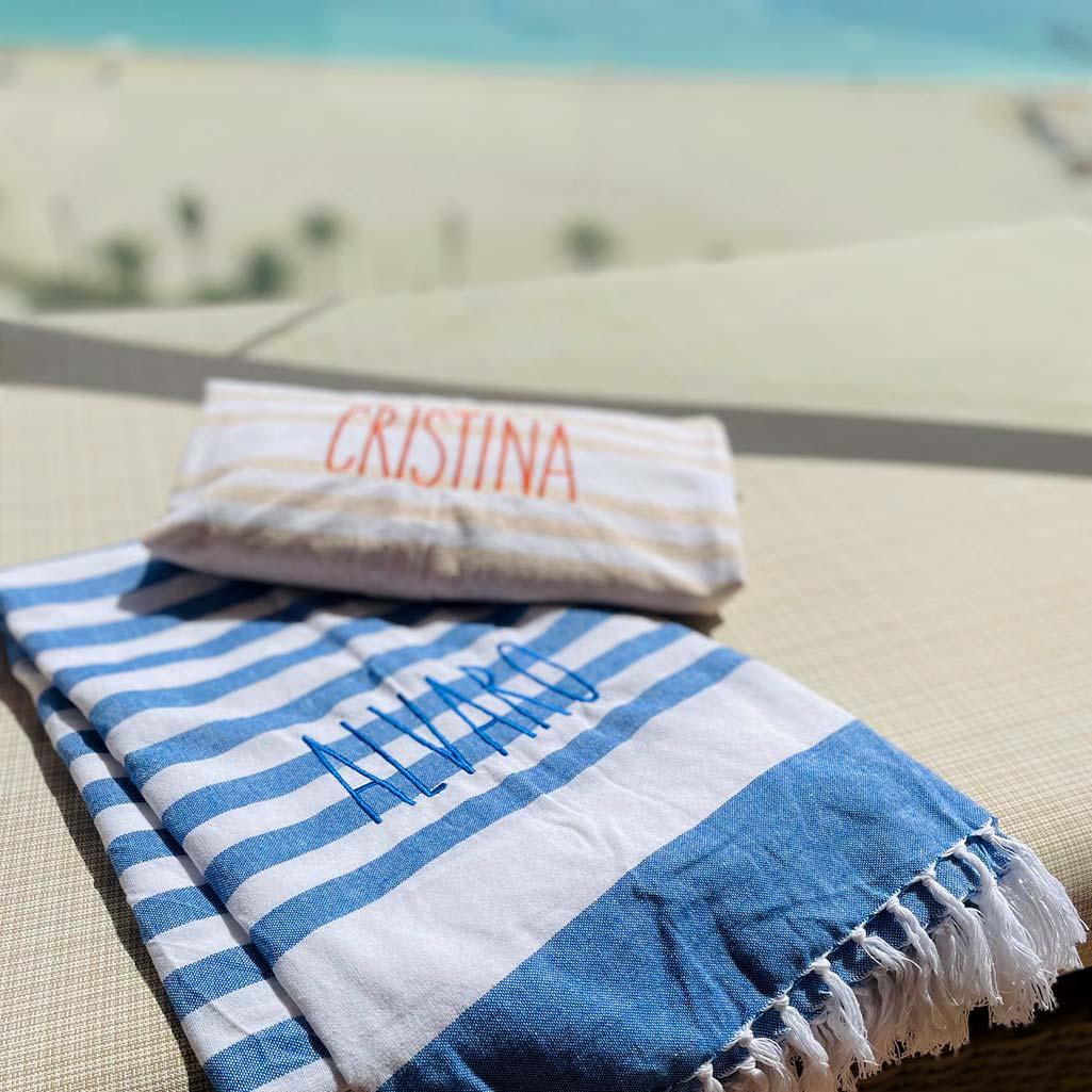 toallas de playa con nombre