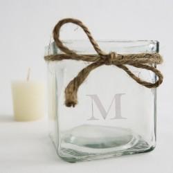 Vasito de cristal grabado con inicial para velas