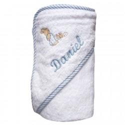 Capa de baño con ribete de rayas celestes