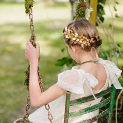 Tocado hojas clasicas doradas para Primera Comunión