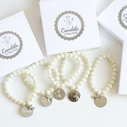 6 pulseras de perlas con angelito y medalla para comuniones