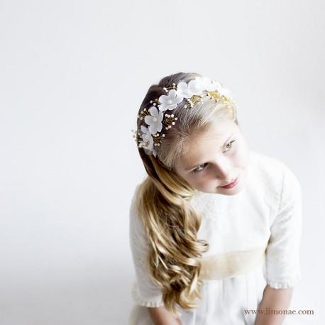 """Diadema Comunión flores blancas """"Andrea"""""""