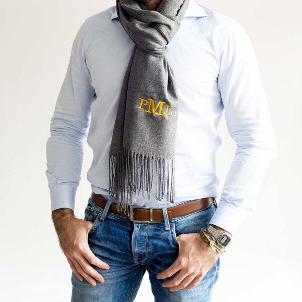 bufandas personalizadas con iniciales