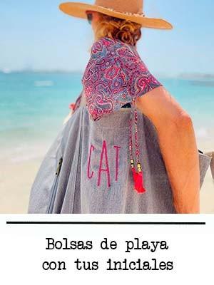 Bolsas de playa personalizadas con iniciales bordadas